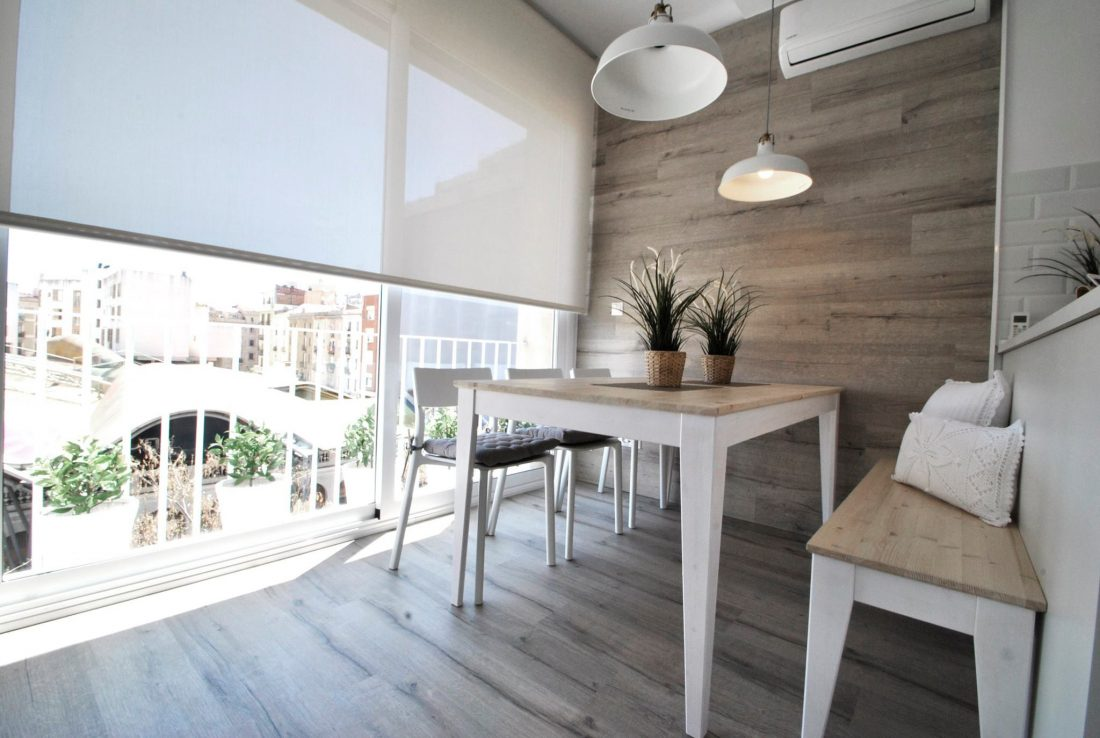 Thinking home thinking home reforma integral vivienda for Decoracion piso 80 metros